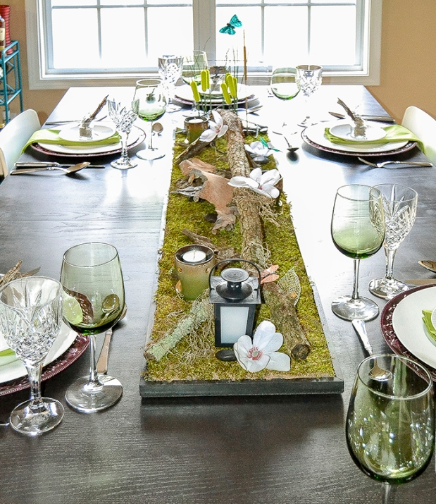 Bayou inspired table mardi gras party